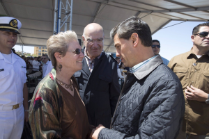 Barbara Taylor and President Enrique Peña Nieto